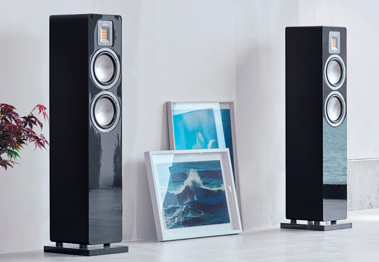 Audiovector-QR3-art01