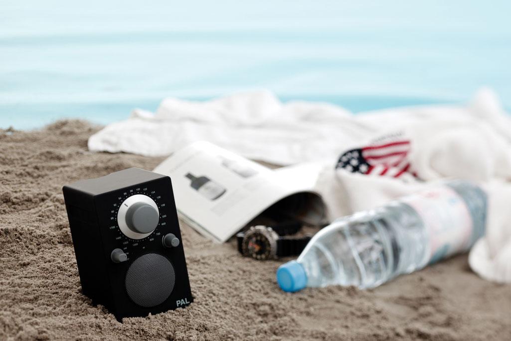 PAL_Black_beach