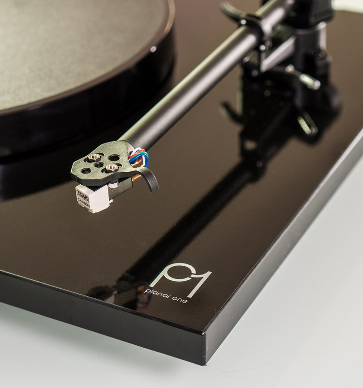 rega-p1-review-side